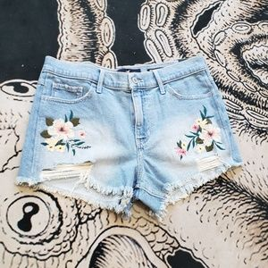 Hollister high rise jean short embroidered floral